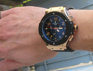 Фото: Часы Hublot Big-Bang